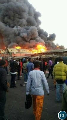 Welcome to Emmanuel Donkor's Blog            www.Donkorsblog.com: Photos: The biggest market in Zambia razed down by...