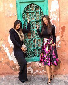 """""""Explorando a medina hoje em Marrakech com a @ricademarre! Esse portal é tipo a """"pont des art"""" em Paris, onde vc coloca um cadeado pra """"prender"""" o seu…"""""""
