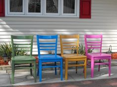 DIY painted chairs - awesome way to spruce up plain wood chairs!