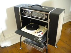 In the our family had a stereo similar to this. The Beatles made great use of left-right stereo mixing. It`s too bad that George Harrison swore by mono versions of all Beatles albums. Vinyl Record Player, Record Players, Vinyl Records, Vinyl Music, All Beatles Albums, Location Camping Car, Poste Radio, Lps, Retro