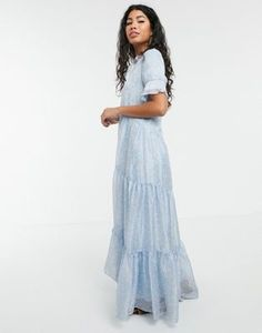 Order Sister Jane tiered maxi dress in ditsy vintage floral online today at ASOS for fast delivery, multiple payment options and hassle-free returns (Ts&Cs apply). Get the latest trends with ASOS. Smock Dress, Buy Dress, Popular Dresses, Dresses For Sale, Women's Dresses, Asos, Short Long Dresses, Tiered Dress, Dress Cuts