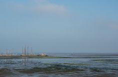 Marina at low tide - The Wadden Sea Island of Schiermonnikoog - The Netherlands - photography by Klaarlicht