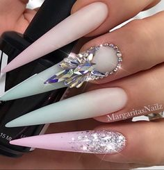 Nail art from the NAILS Magazine Nail Art Gallery gel spring nails glitter fa Nail Art aus dem NAILS Magazine Nail Art Gallery Gel Spring Nails Glitter fa Glitter Acrylics, Glitter Nails, Gel Nails, Mint Green Nails, Mint Nails, Pastel Ombre, Ombre Nail, Pastel Mint, Trendy Nails