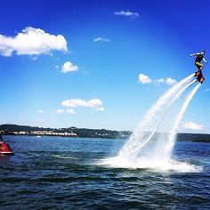 Channel your inner Iron Man when you strap a jetpack on your feet and soar over Table Rock Lake 😎💦☀️! Thanks to our Instagram friend…