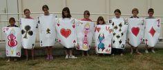 Création de costumes sur le thème d' «Alice au pays des merveilles».