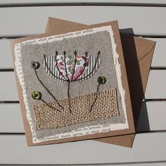 Handmade - Hand Sewn Fabric Blank Card - Botanical Flower – Birthday / Thank You / Get Well Fabric Cards, Fabric Postcards, Embroidery Cards, Free Motion Embroidery, Freehand Machine Embroidery, Free Machine Embroidery, Textiles, Hand Bag Storage Ideas, Sewing Cards