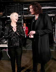 """Hozier's Spell on Annie After they rocked the stage with """"Take Me to Church"""" and """"I Put a Spell on You,"""" Hozier and Annie Lennox got chummy backstage"""
