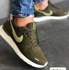 Nike Air Vortex Verde Foot Games, Marimo, What To Wear, Tennis, Nike Air, Barbie, Sneakers Nike, Footwear, Flats