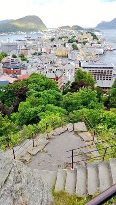Aamupalaksi 418 rappusta @ Aksla, Ålesund Alesund, Paris Skyline, River, Photo And Video, Nature, Outdoor, Norway, Voyage, Outdoors