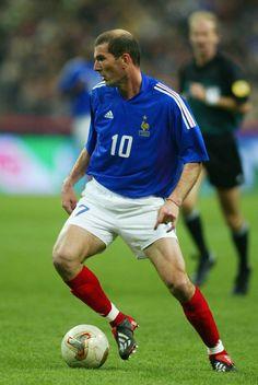 Premier League, Zinedine Zidane, Sports Photos, Champions, Wall Collage, Football Team, Soccer, Sporty, France