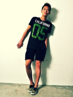 T.JUAN.YASUSHIさんの「レオパードスニーカー(VANS|バンズ)」を使ったコーディネート Polo Shirt, Polo Ralph Lauren, Sports, Mens Tops, How To Wear, Vans, Shop, Fashion, Hs Sports