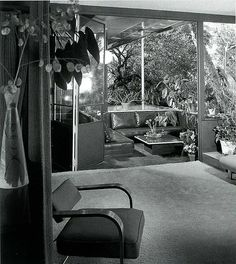Richard Josef Neutra (1892-1970) | VDL Research House – View from living room onto the terrace VDL I | 1932 – VDL I | 1939 – Summer House | 1963 – VDL I Destroyed by Fire | 1965-1966 – VDL II | Photo: Julius Shulman
