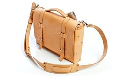 kenton sorenson USA — pure leather done simply