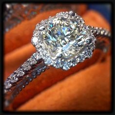 Timeless look of a diamond halo in the  Venetian-5024. @Verragio
