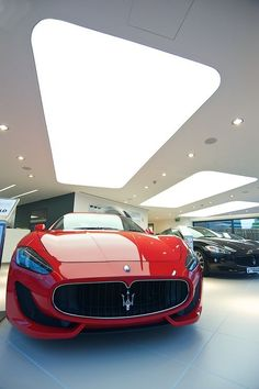 Ferrari - Maserati showroom Belfast #telastensionadas #telastranslucidas #iluminação #iluminacaodeinteriores #interiores #decor #interior #decoration #illumination #interiordesign #lighting #LightBox #backlight #frontlight #architecture #arquitetura