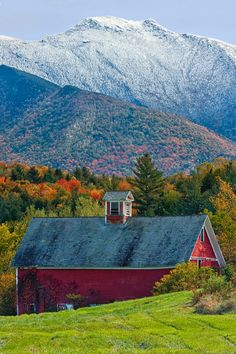 Mt Mansfield Barn from Pleasant Valley Rd