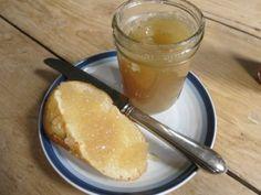 Mint-Lemon Jelly on bread
