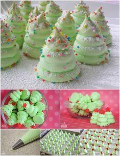 DIY Christmas Tree Meringues Cookies
