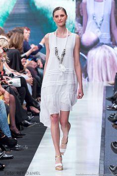 Moda y Tendencias en Buenos Aires   MODA 2016 : ADRIANA COSTANTINI PRIMAVERA VERANO 2016: 30 AÑOS EN LA MODA - ARGENTINA FASHION WEEK 2016