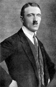Adolf Hitler, 1925.
