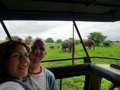 María Pilar y Lázaro en pleno safari