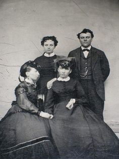 17 Haunting Post-Mortem Photographs From The 1800s -- WHICH ONE IS FREAKIN' DEAD!?