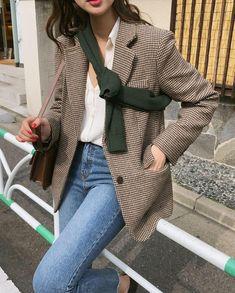 Korean Fashion Tips .Korean Fashion Tips Korean Fashion Summer Casual, Korean Fashion Men, Asian Fashion, Look Fashion, Winter Fashion, Womens Fashion, 80s Fashion, Fashion Vintage, Petite Fashion