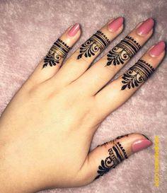 Ring Mehndi Design, Circle Mehndi Designs, Pretty Henna Designs, Modern Henna Designs, Latest Henna Designs, Finger Henna Designs, Henna Art Designs, Mehndi Designs For Beginners, Mehndi Design Photos