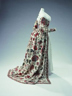KCI - Robe a l'Anglaise, 1780s, fabric from 1740s. English http://www.kci.or.jp/archives/digital_archives/detail_32_e.html