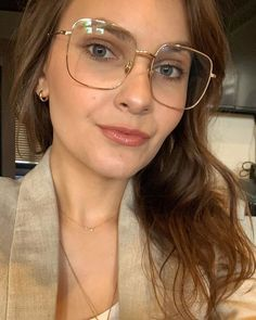 Sterre eyeglasses in Gold Color for women and men - Shop Eyeglasses & Sunglasses Online - Rx Glasses | TIJN® Eyewear Eyewear Shop, Sunglasses Online, Prescription Lenses, Looking For Women, Eyeglasses, Man Shop, Blind, Gold, Shades