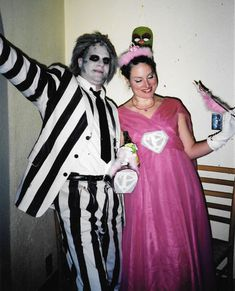 Beetlejuice costume idea for Halloween or an 80s party. http://www.liketotally80s.com/2014/10/beetlejuice-halloween-costume/
