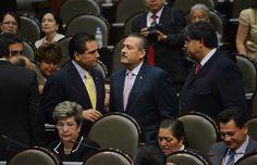 Hay Bipolaridad Política de las Izquierdas: @MFBeltrones http://impacto.mx/Nacional/nota-65298/Beltrones_advierte:_hay_bipolaridad_pol%C3%ADtica_de_las_izquierdas