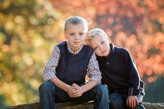 brothers siblings two boys great outdoor session gorgeous bokeh