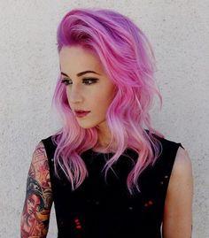 pastel+pink+wavy+hairstyle