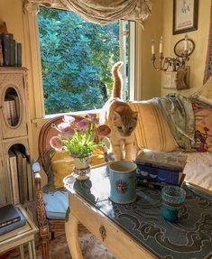 "antoinette on Twitter: ""— thursday… "" Room Ideas Bedroom, Bedroom Decor, Pretty Room, Cute Kittens, Dream Apartment, Aesthetic Room Decor, Decoration Design, Dream Rooms, My New Room"
