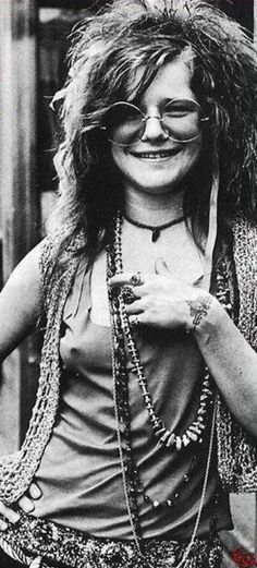 Janis Lyn Joplin (January 19, 1943 – October 4, 1970) was an American singer-songwriter. Joplin first rose to prominence in the late 1960s as the lead singer of the psychedelic-acid rock band Big Brother and the Holding Company, and later as a solo artist with her more soulful and bluesy backing groups, She was inducted into the Rock and Roll Hall of Fame in 1995. On October 4, 1970 she died of a drug overdose. ❤