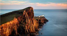 Golden Cliffs Neist Point Lighthouse – Canvas Print