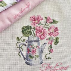 This Pin was discovered by şer Cross Stitch Cards, Cross Stitch Flowers, Cross Stitching, Cross Stitch Embroidery, Hand Embroidery, Modern Cross Stitch, Cross Stitch Designs, Cross Stitch Patterns, Cross Stitch Finishing
