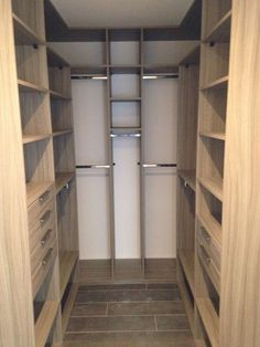 Closet Layout 464926361533316598 - Les différentes formes de dressing (angle, dressing en U … Source by anasbrard
