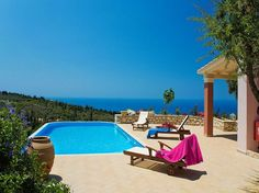 #prepare for #summer in #sunny #lefkada! #book your #vacation now in a #luxurious #villa!#relax #holidays #travel https://goo.gl/f5gpkr