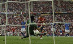 Cesc Fabregas buries equalizer past Gigi Buffon