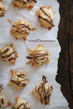 Chocolate drizzled coconut macaroons from Skinny Taste http://www.skinnytaste.com/2013/03/chocolate-drizzled-coconut-macaroons.html