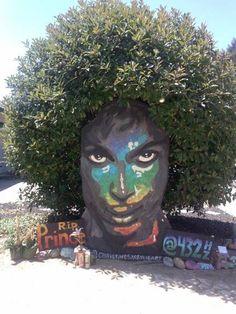 Street art RIP Prince