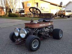 Rat Rod Wagon (photo only), Rat Rod made from Radio FLyer wagon. Rat Rods, Radio Flyer Wagons, Diy Go Kart, Little Red Wagon, Drift Trike, Pedal Cars, Rc Cars, Mini Bike, Mini Motorbike