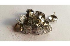 Glitter thumb tacks - silver by Peg & Pencil Tack, Cufflinks, Pencil, Glitter, Stud Earrings, Pretty, Silver, Accessories, Jewelry