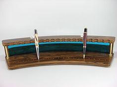 Wooden pen display rack