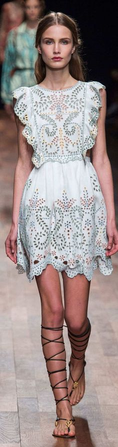 Valentino Collection Spring 2015 | The House of Beccaria~ #fashion #style #valentino