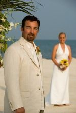 Share Tweet + 1 Mail Men's Beach Wedding Attire Men's beach wedding attire? Yes, the men have to look good too! When it comes ...