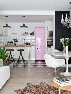 Home design ideas / Home inspirations |  white and pink will be a great color pallet. Add the kitchen some vintage counter stools and a couple of industrial suspension lamps.