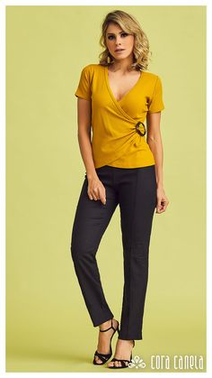 Cute Blouses, Blouses For Women, Clothing Patterns, Blouse Patterns, Mustard Yellow Outfit, Formal Business Attire, Blouse Designs Silk, Blouse Outfit, Blouse Styles